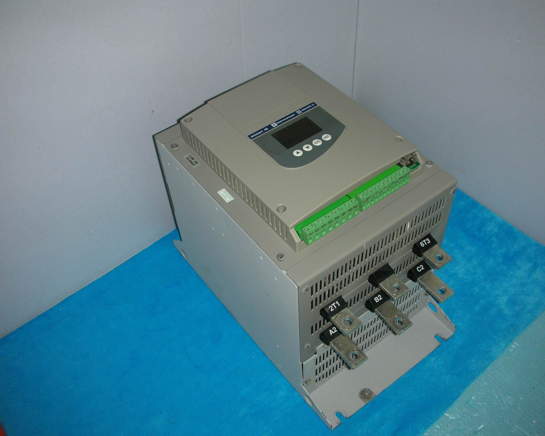 USED Schneider Electric ATS48C17Q 90KW